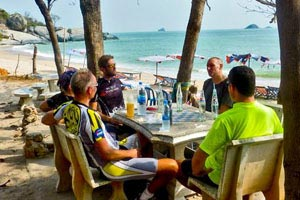 Refreshment stop in picturesque Khao Tao beach